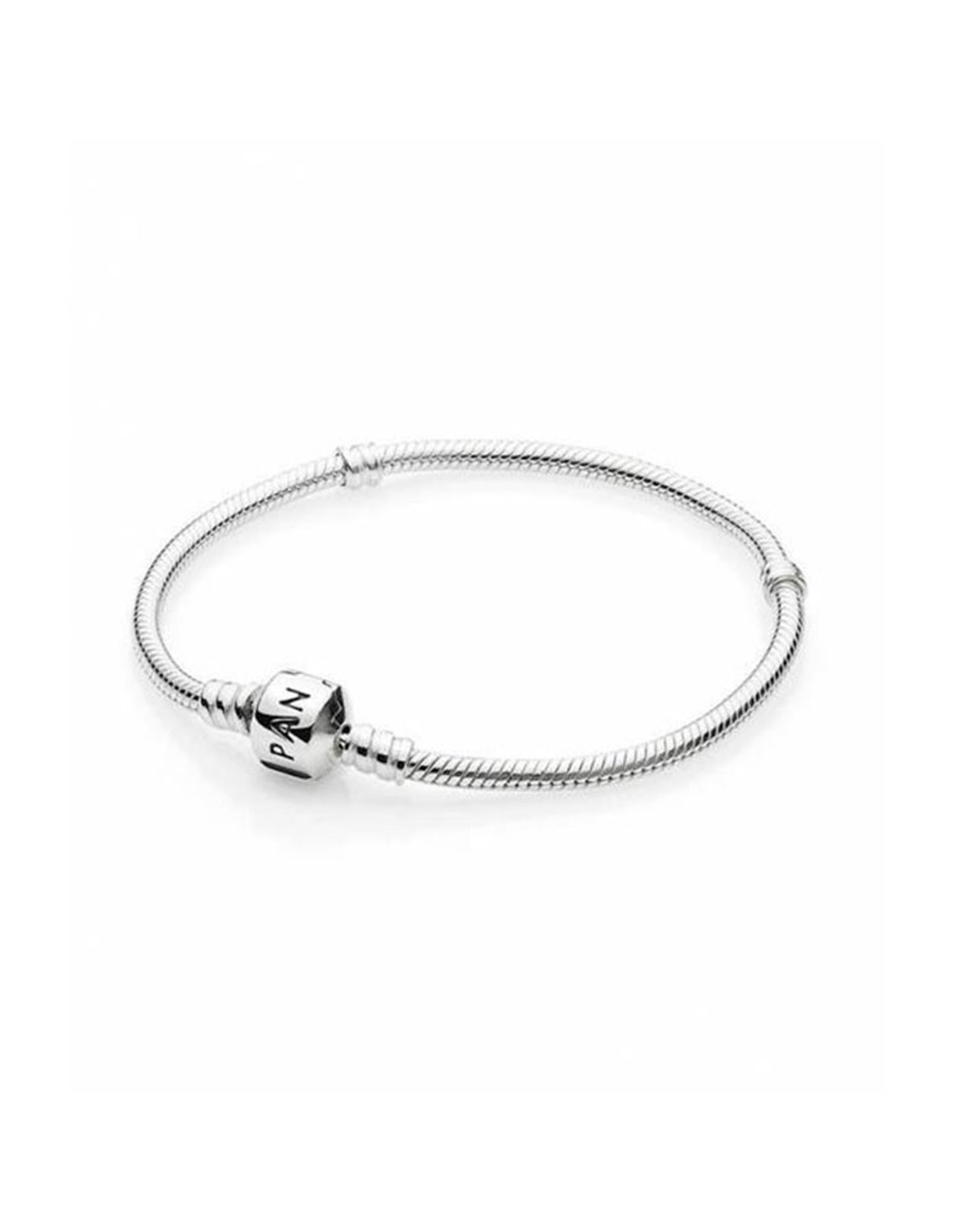 590702 Hv 18 Pandora Bracelet Silver