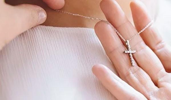 Des Croix